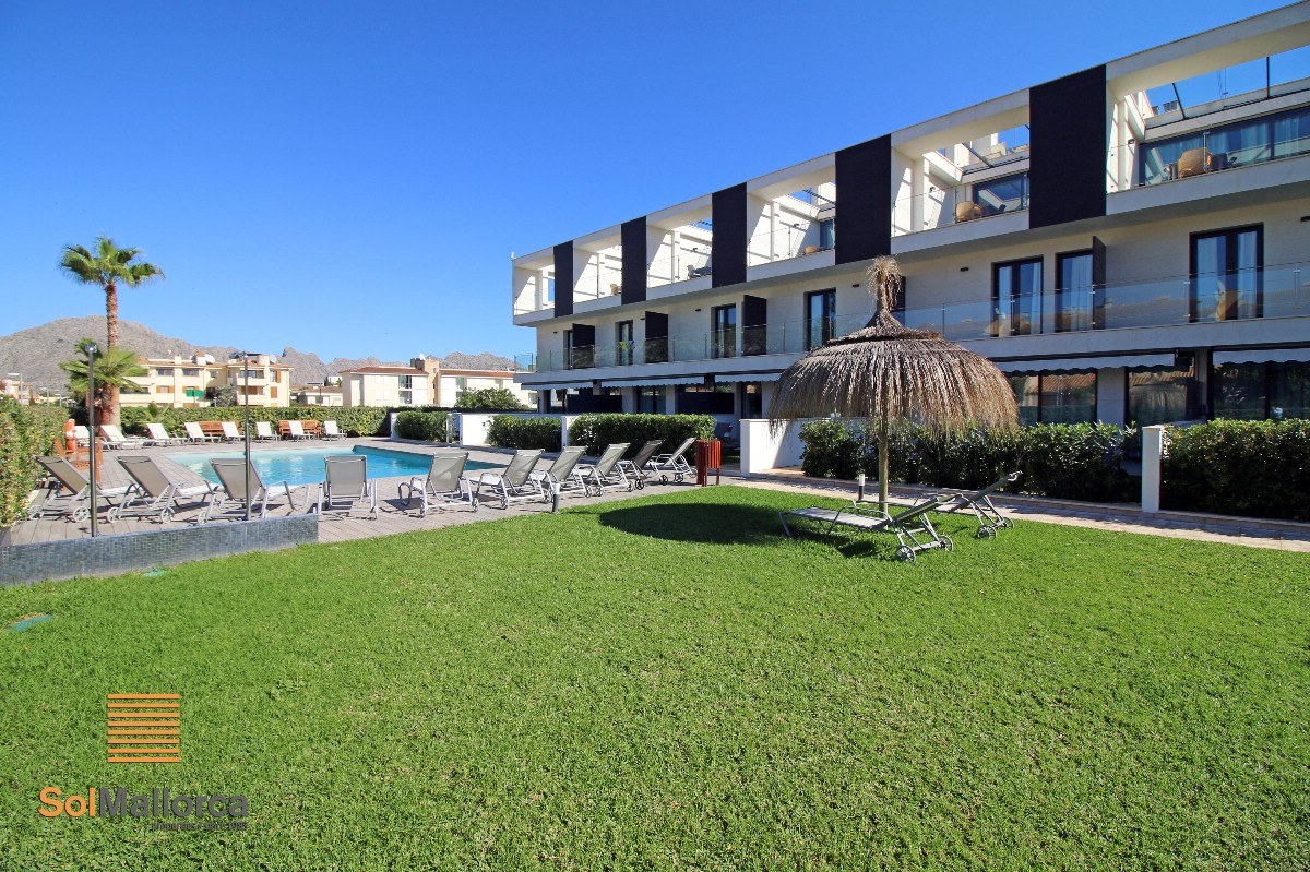 Penthouse in Llenaire, Puerto Pollensa, with large private roof terrace
