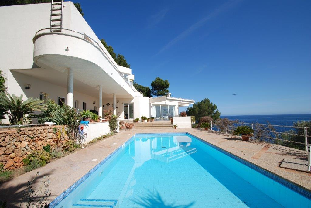 Luxury sea view home in sought after Costa de los Pinos with mooring and direct sea access