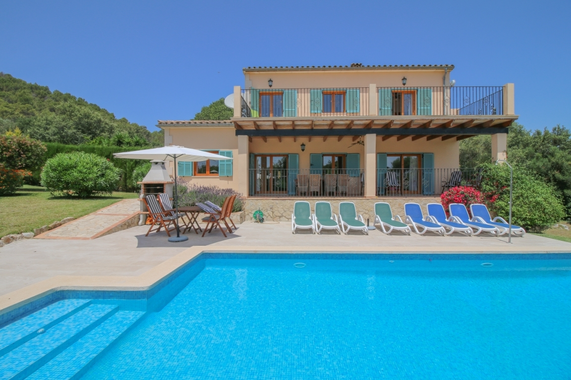 Detached Mallorca house near Pollensa with a Holiday Rental Licence