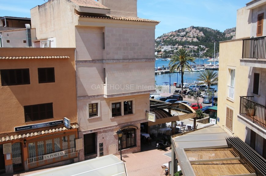 Cheap small apartment in Puerto Andratx café area with 2 bedrooms