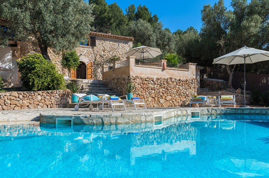 Large refurbished country house close to Andratx in SW Mallorca