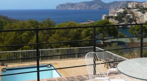 Stunning location in Santa Ponsa  for this detached home with guest accommodation in Santa Ponsa
