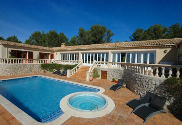 Family home for sale in Galilea, Mallorca