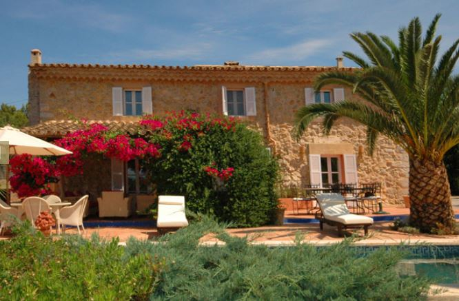 Country Finca on a private plot for sale in Calvia, Mallorca