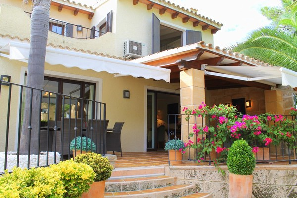 Luxury home for sale in complex in Bendinat, Mallorca