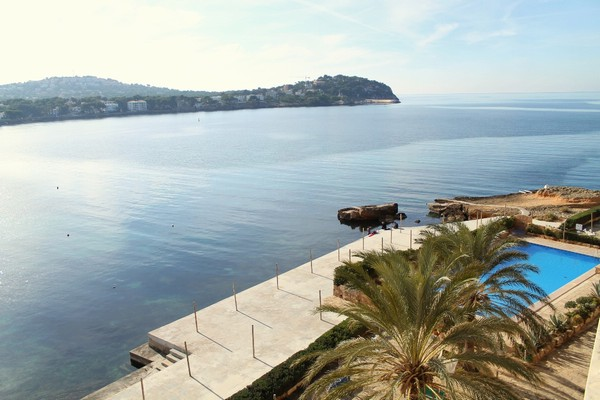 Front line two bedroom apartment for sale with direct sea access in Santa Ponsa