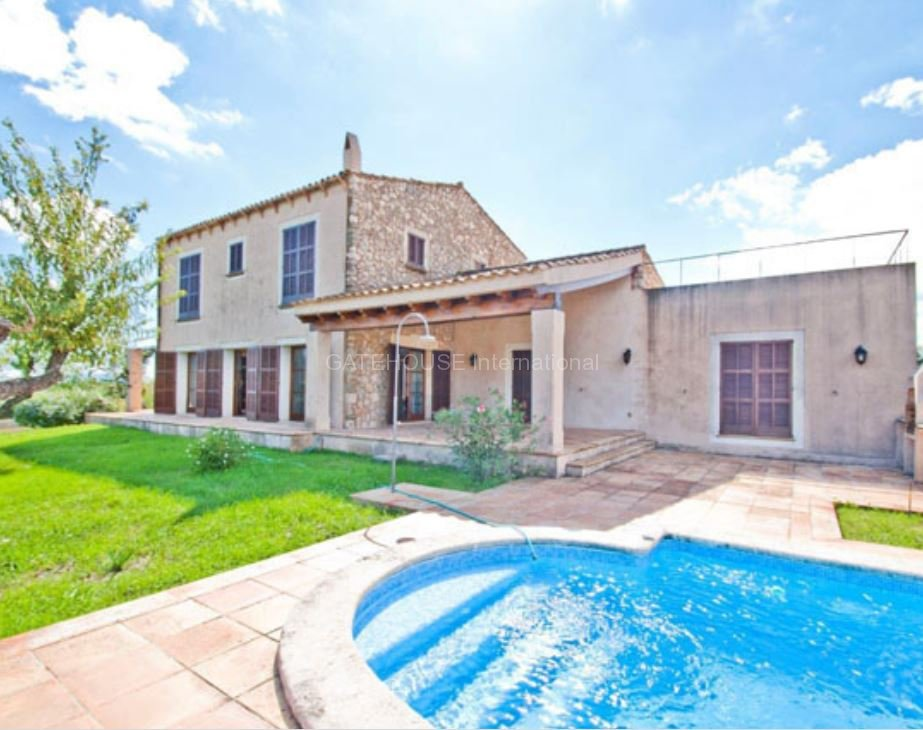 Large detached family home with separate casita in Arta