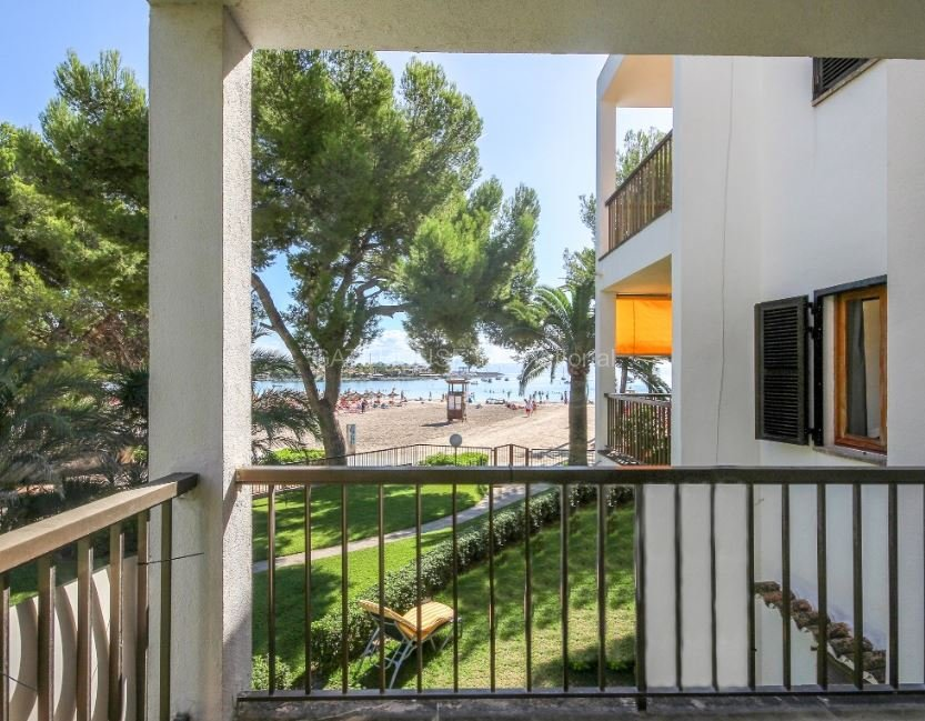 Front line sea view apartment for sale in Puerto Alcudia