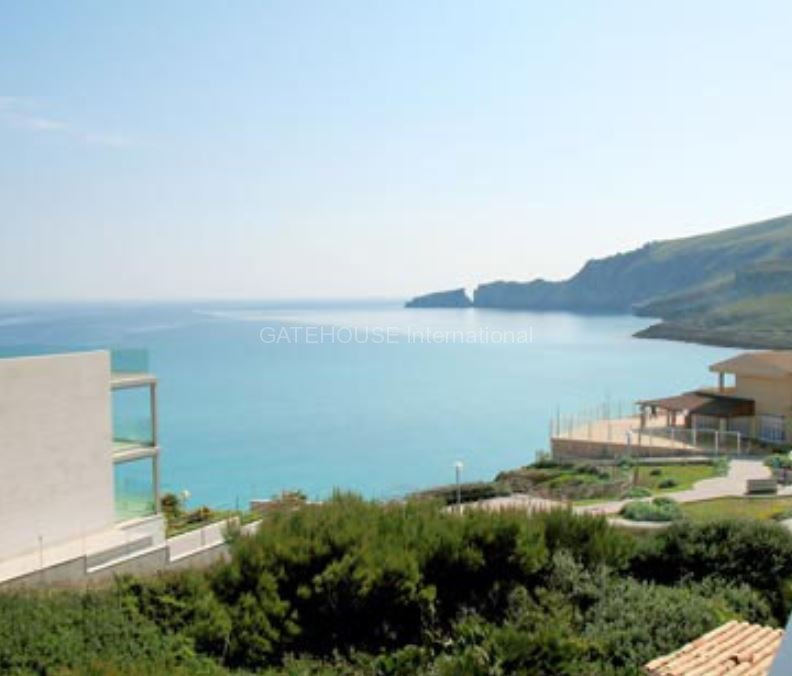 Semi detached sea view house for sale in Cala Mesquida