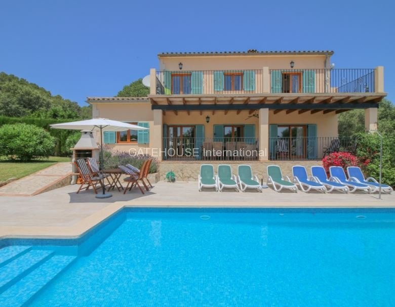 Detached villa for sale in Subach with rental license