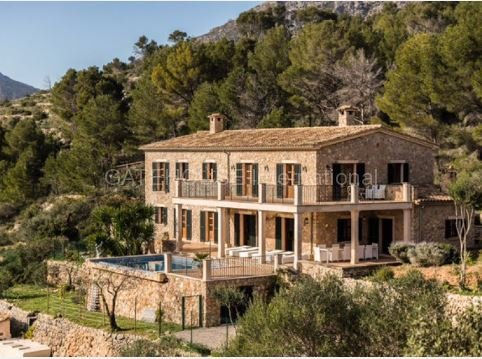 Luxury house for sale in Sa Coma