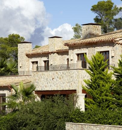 New Build Luxury home overlooking Puerto Andratx harbour and on a double plot