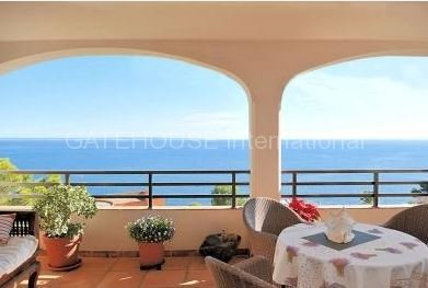 Three bedroom sea view apartment in Cala Vinyes