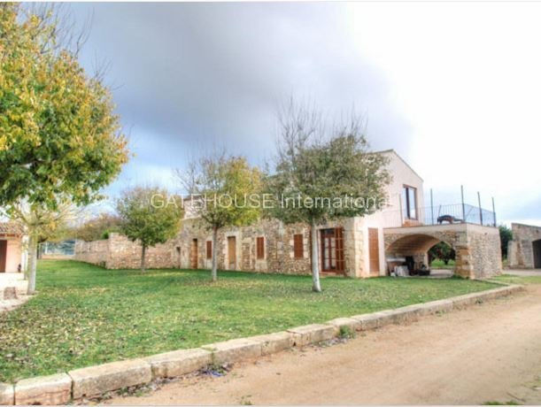 Equestrian property for sale in Manacor