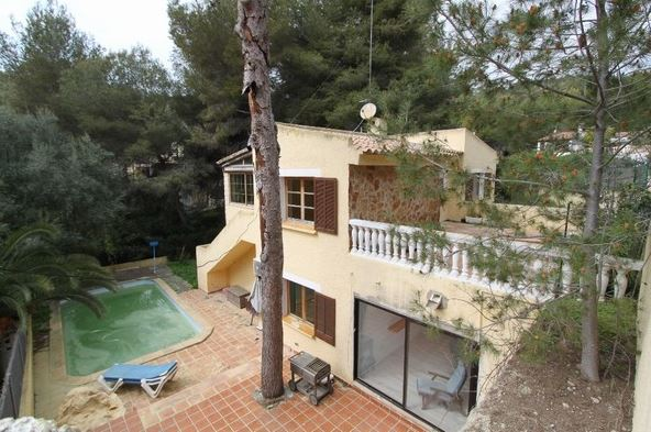 Charming 5 bedroom chalet property for sale Costa de la Calma
