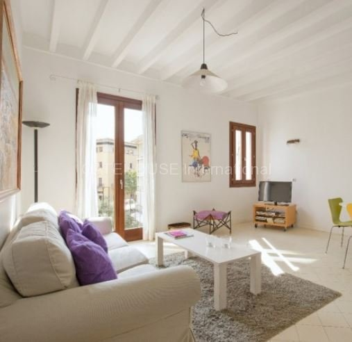 Second floor apartment for sale in Palma