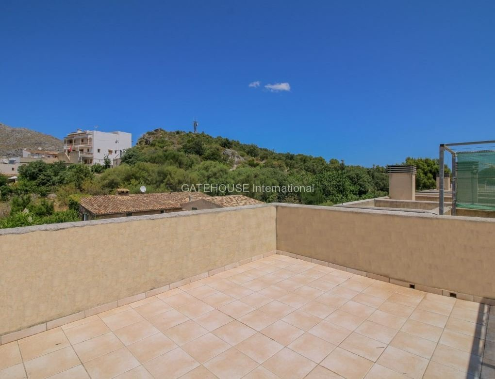 Penthouse Duplex apartment for sale in Pollensa