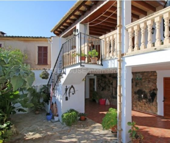 Country house for sale close to Pollensa