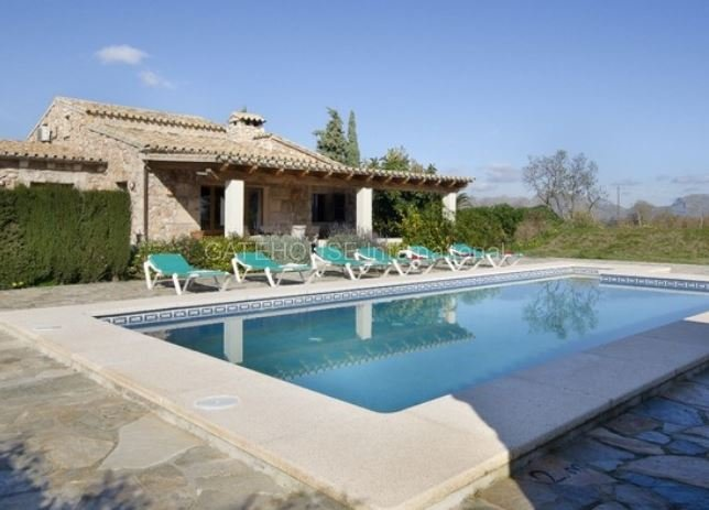 Detached  finca for sale in Pollensa on large plot