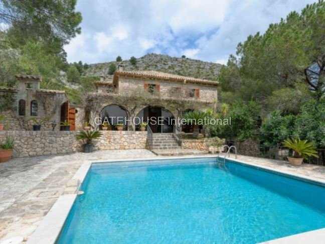 Country Estate for sale in Pollensa