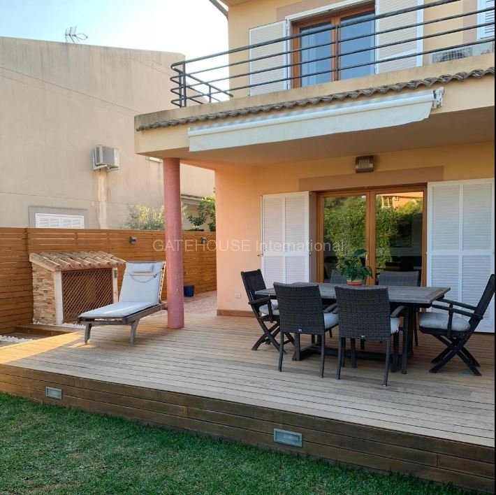 Detached four bedroom home for sale in Puerto Alcudia