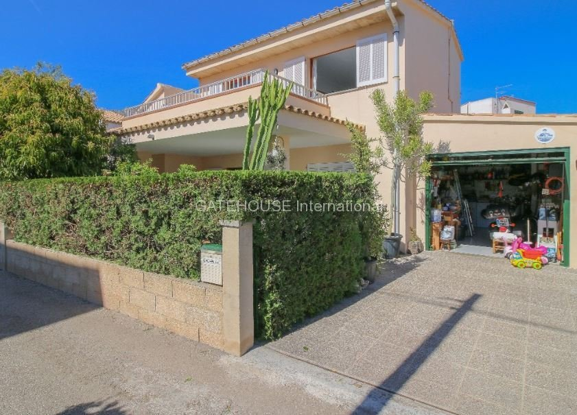 Detached family home for sale in Puerto Pollensa