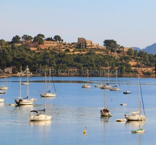 Sea view apartment for sale in Puerto Pollensa
