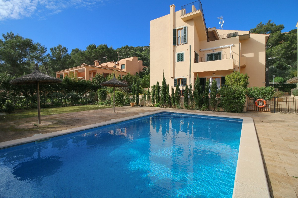 Puerto Pollensa ground floor apartment for sale in Gotmar