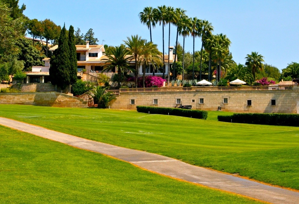 Luxury Son Vida traditional mansion house on the fairway