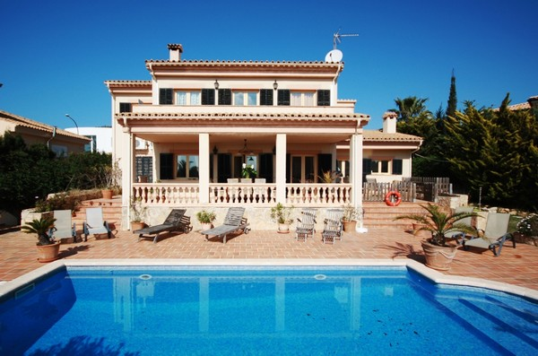 Luxury 4 bedroom sea view villa for sale Santa Ponsa, close to Golf