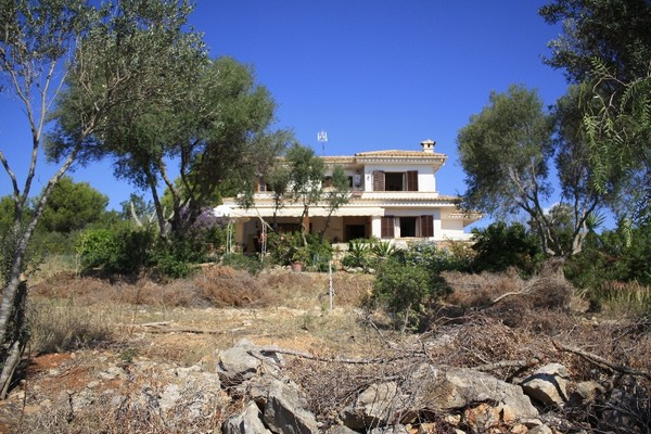 Great opportunity to purchase a reformation project on Son Font, Mallorca
