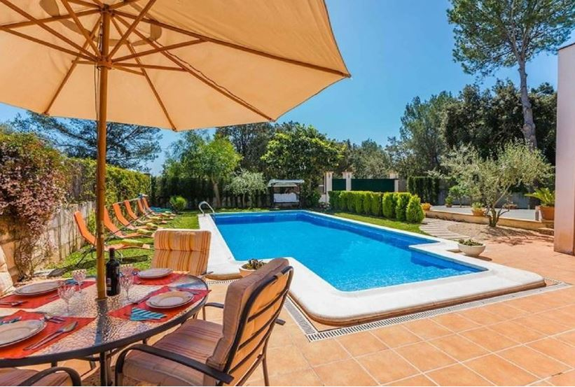 Reduced 4 bed villa in Pollensa Mallorca