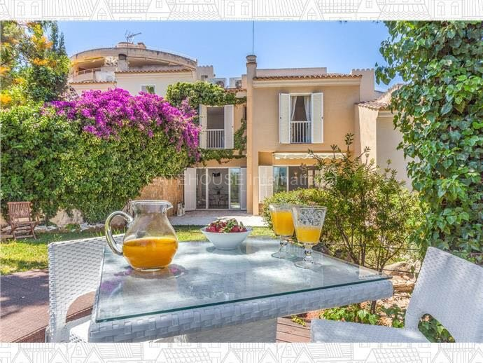 Lovely semi detached house in Bendinat with distant sea views