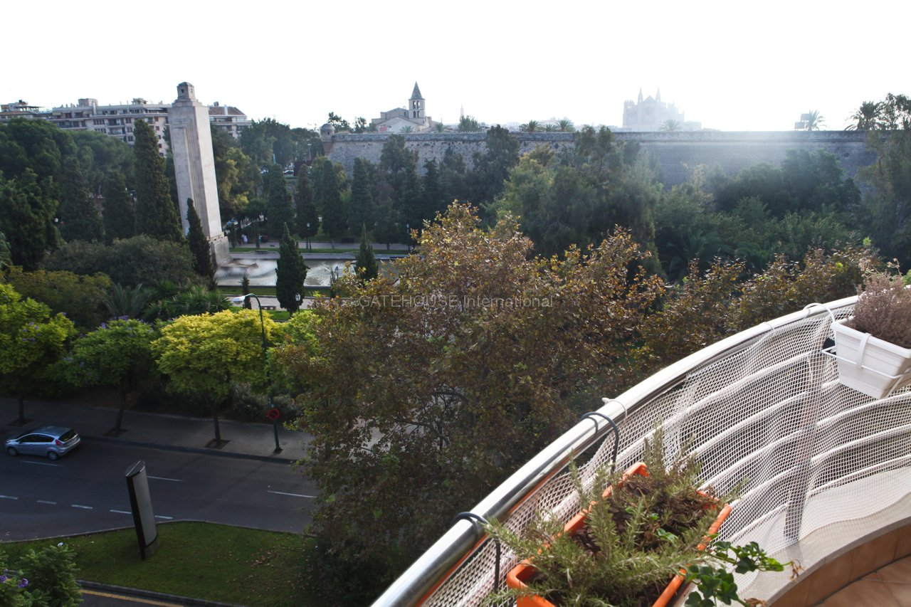 Palma City Santa Catalina 4 bedroom Penthouse for sale with lift