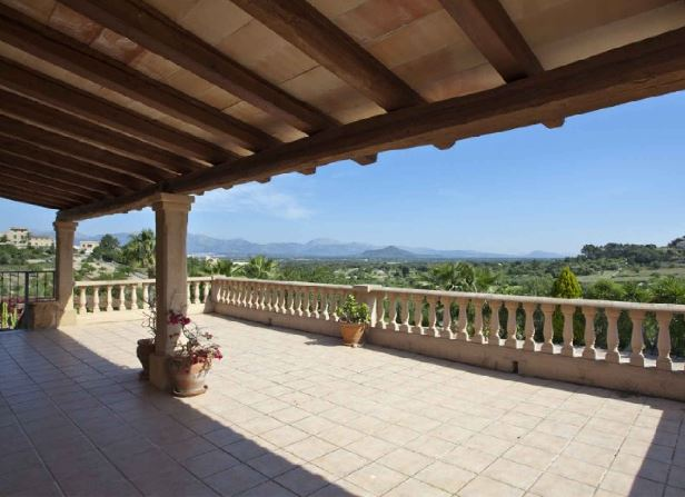 Peaceful country house for sale Costitx with panoramic countryside views