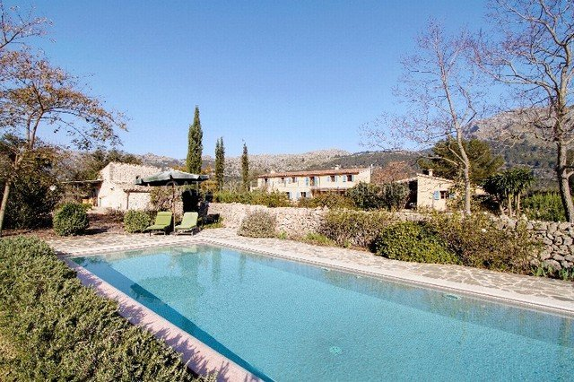 Pollença country home for sale with separate guest house
