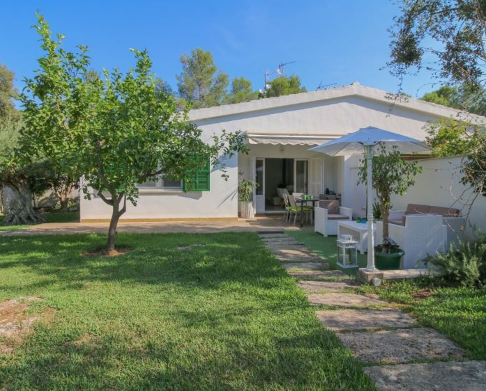 Semi detached house for sale close to Pollensa with private pool