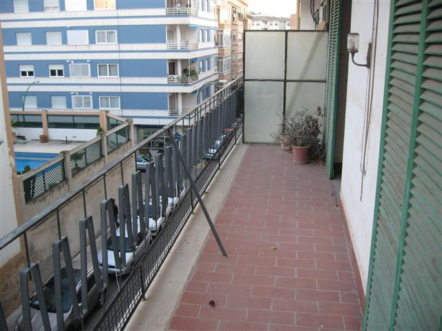 Palma de Mallorca Santa Catalina 5 bed apartment to renovate