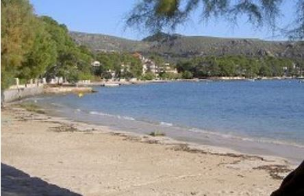 Apartment for sale in the Pine Walk,, Mallorca overlooking the beach