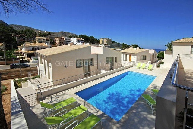 Newly built townhouse close to Cala San Vicente Pollensa