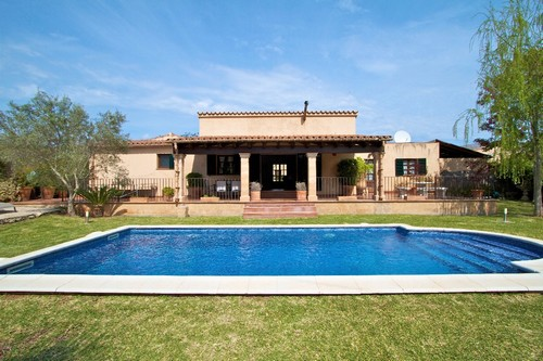 Country house for sale close to Pollensa Old Town, Mallorca
