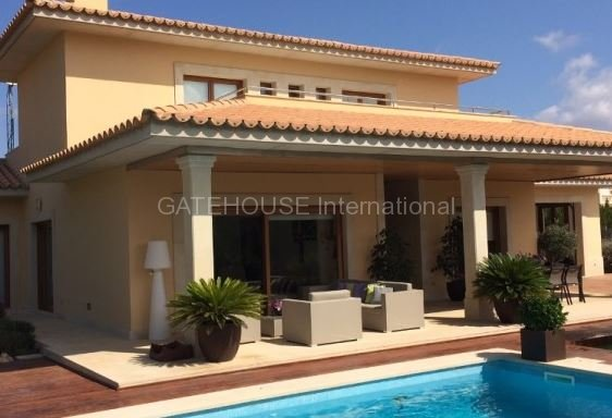Immaculate Maioris villa for sale in Llucmajor Mallorca with private pool