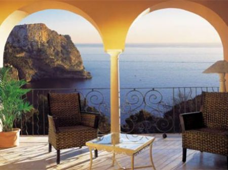Exclusive apartments for sale in Mallorca Andratx Cala Llamp