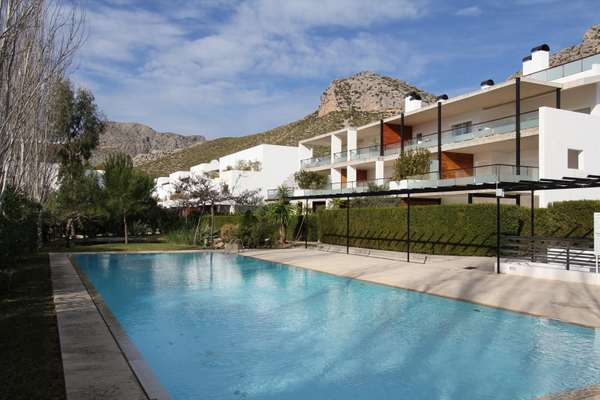Superb apartment for sale in Puerto Pollensa with four bedrooms.