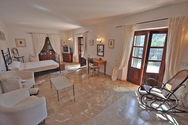 Beautiful Luxury country hotel for sale Sa Coma, Andratx – fantastic business  600 x 398 · 59 kB · jpeg