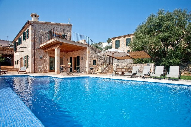 pool an amazing big houses with swimming pools can you get by change