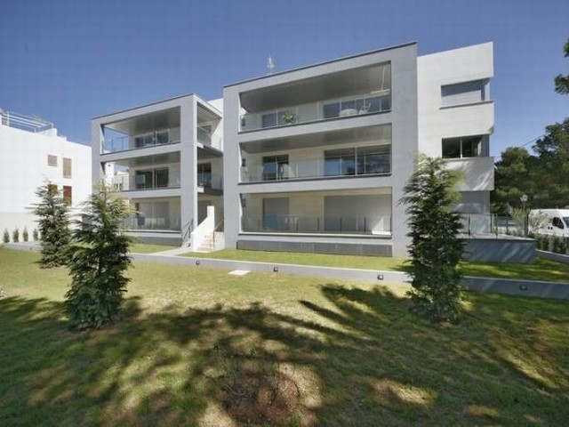 Ground floor apartment for sale in sought after location of Pine Walk, Puerto Pollensa