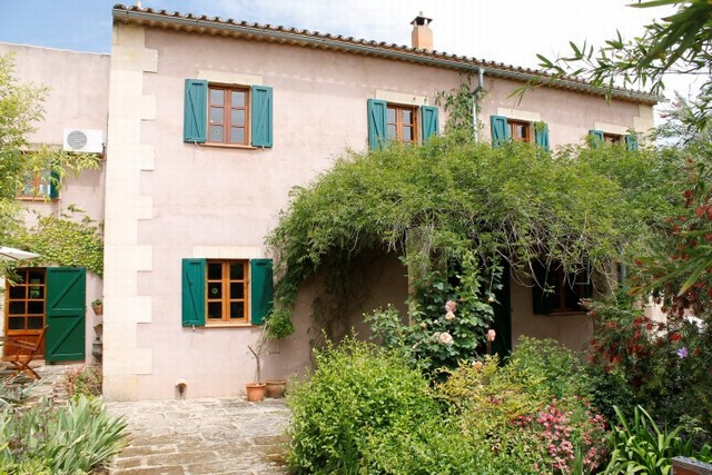 Finca for sale in rural idyll in Campanet