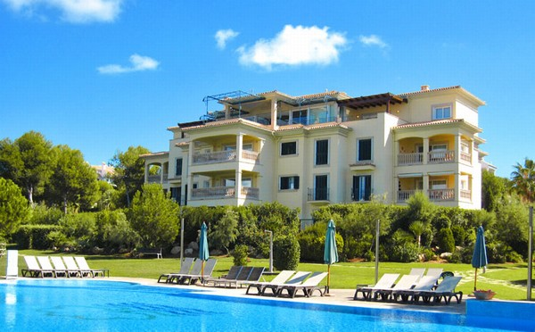 Luxury apartment for sale in a luxury development in Nova Santa Ponsa, Mallorca