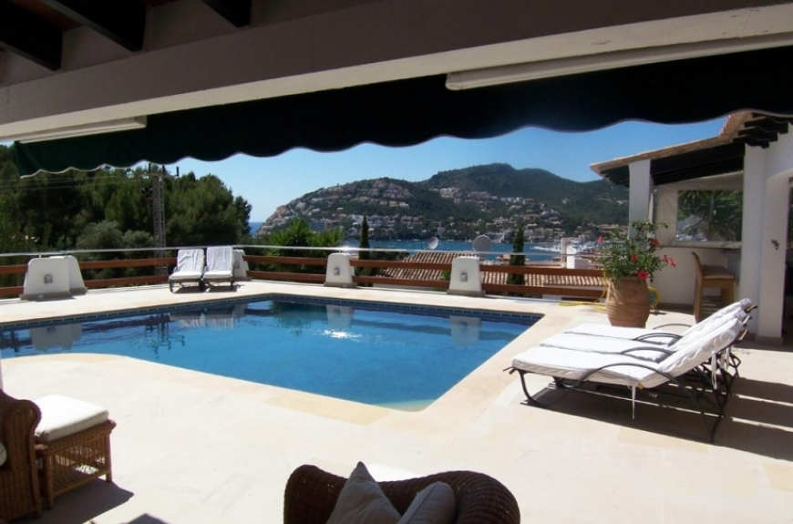 Luxury detached villa for sale in Puerto Andratx with stunning sea and harbour views